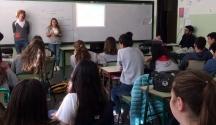 Estudiantes orientan estudiantes
